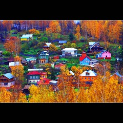 Colourful Russian Autumn (JannaPham) Tags: autumn houses colour canon river landscape eos golden russia moscow ring region volga    plyos    ivanovo  project365 40d  66365       jannapham