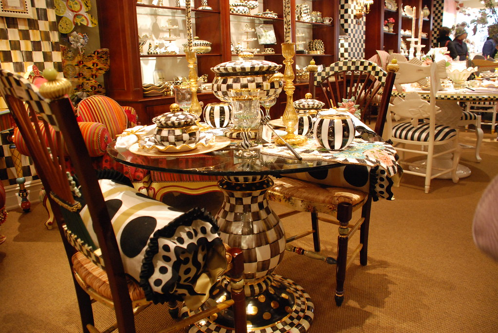 dinning tables and decor