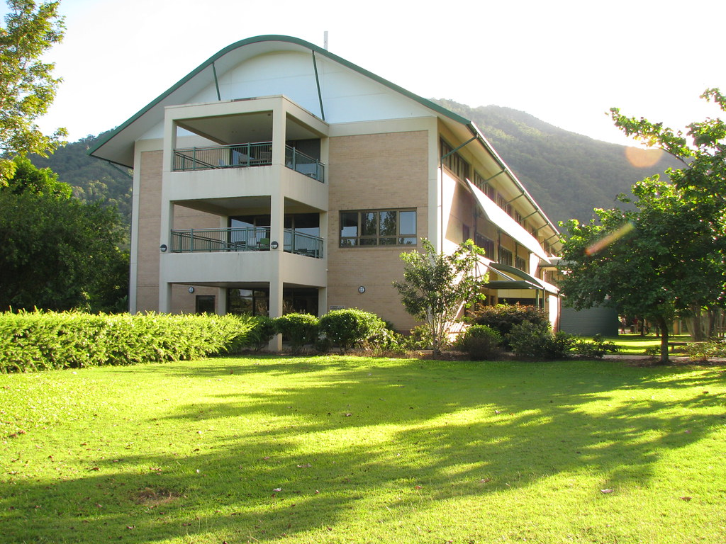 James Cook University campus, Saturday 6th June