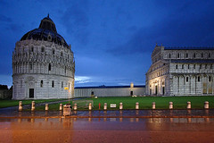 ... in Pisa #7 ... (LordRayden) Tags: rain night artwork postcard pisa p pioggia masterpiece notturno orablu pratoverde escomodofotografareconilgrandangolaresottoallapioggia