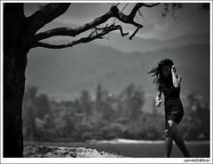 Sumandak - Tanjung Aru Candid (sam4605) Tags: beach girl ed candid olympus kotakinabalu 70300mm e1 sabah kota tanjungaru zd sumandak sabahborneo sam4605