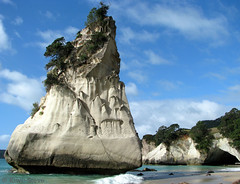 Cathedral Cove (Kiwi~Steve) Tags: new sea landscape scenery rocks cathedral cove zealand nz coromandel hahei thegalaxy mywinners 100commentgroup vosplusbellesphotos