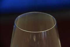 Weinglas (corinnahuber85) Tags: gasteig deutsches museum gleis brücke brille obst gast auto zucker liebe spirituosen glas licht hand abstrakt blau laufen fotografieren alkohol weinglas bar nudeln bunt verwischt zoom