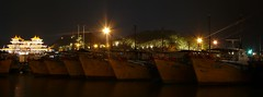 Zhuhai - Xiangzhou Fisher Port (cnmark) Tags: china park light night port geotagged island restaurant noche harbor boat fishing barco ship nacht harbour vessel explore nave guangdong fisher noite seafood  nuit schiff notte zhuhai nachtaufnahme navire   blueribbonwinner explored navo allrightsreserved yeli  xiangzhou  geo:lat=22282197 goldstaraward mingting rubyphotographer      deyuefang  geo:lon=113575952