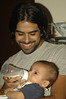 DSC_0304 (julietabringas) Tags: family boy food baby smile familia milk bottle retrato father comida bebe sonrisa mateo niño leche papá biberon chicco mamadera gastón