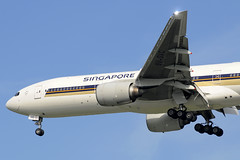 Singapore Airlines Boeing 777-200ER (9V-SVC) DSC7615 (KWsideB) Tags: plane airplane airport singapore aircraft aviation flight jet gear aeroplane landing commercial airline boeing changi airlines sq 777 changiairport sia spotting airliner airtravel flaps singaporeairlines planespotting 772 undercarriage b777 staralliance wsss 777200 777200er b772 777212er 9vsvc 02l wingtipstrobe runway02l