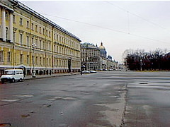 spalace04 St. Petersburg, Russia, Palace Square 2000 (CanadaGood) Tags: white color colour building europe 2000 russia palace streetphoto saintpetersburg hermitage russian palacesquare 2000s sanktpeterburg россия russianfederation санктпетербург canadagood
