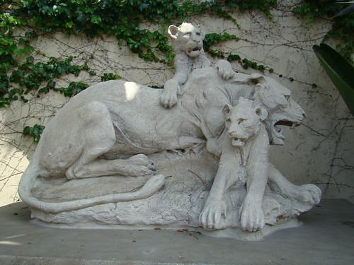 Lions Statue