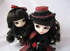 Fanatica & Fanatique (RequiemArt.com) Tags: toy doll ooak dal pullip requiem custom pullips fanatique fanatica dals requiemart