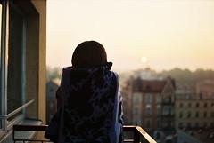 (MilkyAir) Tags: film girl analog sunrise iso100 balcony praktica nysa mtl3 rossman milkyair