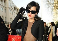 lily allen leather gloves (iffelbuffer) Tags: