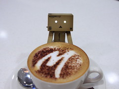 """oh it's....so...big"" (darkmoming) Tags: cup restaurant figure canonef2470mmf28lusm danbo  revoltech jfigure danboard"