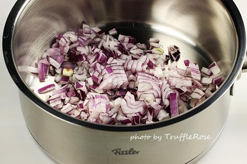 油封雞佐磨菇、胡蘿蔔和防風草泥-110531