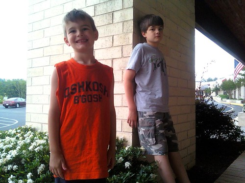 Random Pic for 6/7/11 Ethan & Caden by Joe Jon!