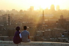 Dreaming of the summer / Tsknota za latem (ania.egypt) Tags: city sun couple ray para minaret islam egypt mosque cairo soce miasto egipt promie alazharpark kair meczet