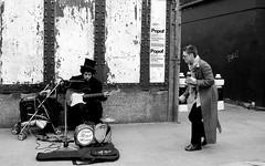 Sunday morning (.Pitch) Tags: bw musician london bn bricklane londra