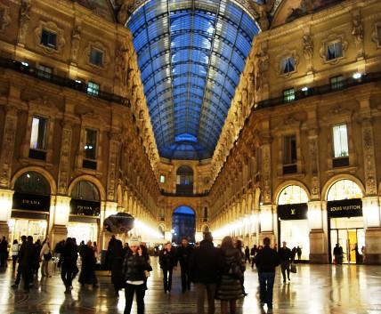 Milan and more sweatlee very pretty fandeluxe Gallery