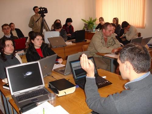 Diana Curbet şi Lenuţa Raţă la seminarul Bloggerilor de la Bacioi