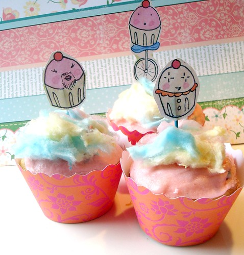 Carnie Cotton Candy Cupcakes