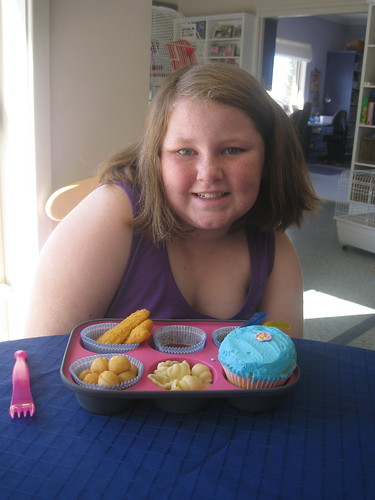 Amy with her muffin tin