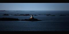 Lost Pic (skol-louarn) Tags: sea mer lighthouse france 22 europe breizh explore armor ericclapton phare buddyguy bbking lostpic ctesdarmor aodoanarvor plouzec baiedesaintbrieuc jimvaughn legolo nadcoz