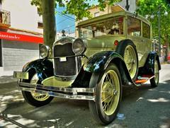 FORD (Xavier68) Tags: ford car vintage voiture coche polarizer antic cotxe polariser polarize polarizador antigüo cocentaina polariseur polaritzador època