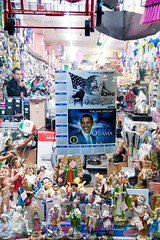 obama + tchochkis (kate at yr own risk) Tags: sanfrancisco california favorite mission missionstreet obamania