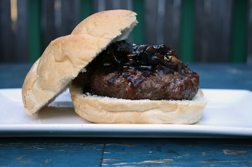 4th of July Treats: Roquefurt Burger with Onion Jam, Mexican-Style Corn on the Cob 1