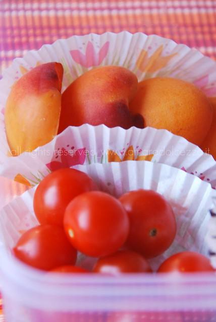 bento_pomodori e albicocche