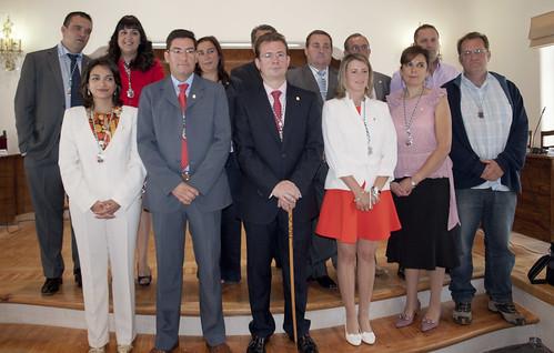 Imagen de los nuevos 13 concejales de El Espinar que tomaron posesión.