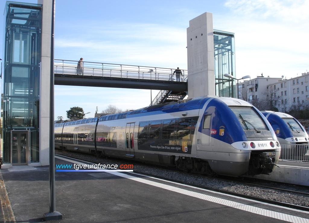 Les Autorails à Grande Capacité (AGC) assurent majoritairement les circulations SNCF entre Aix-en-Provence et Marseille Saint-Charles via Gardanne.