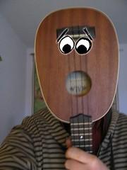 Ukeface06 (nieos) Tags: music eye face eyes funny ukulele instrument uke cry munch kala auge thescream edwardmunch schrei