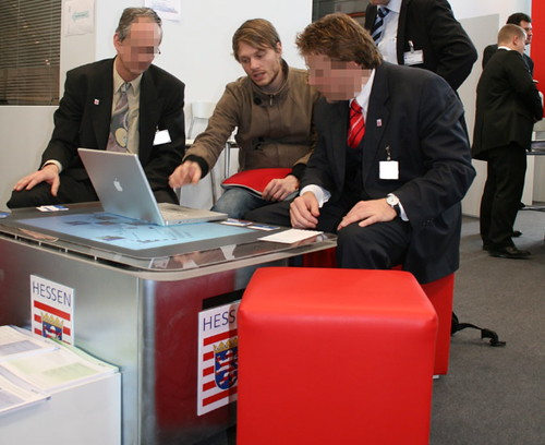 Cebit 09: My MBP on the Microsoft Surface Multi-Touch Table at the Booth of Hessen