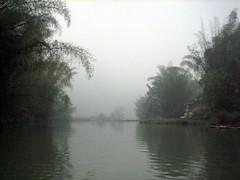 River (MelindaChan ^..^) Tags: china travel water misty fog river tour guilin yangshuo chinese tourist bamboo mel melinda sampan 桂林 陽朔 chanmelmel melindachan