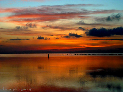 Sunrise offers a very beautiful spectacle; the water is quite unruffled