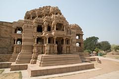 Sas Bahu Temple (Scott Weatherson) Tags: india temple vishnu fort gwalior pradesh madhya