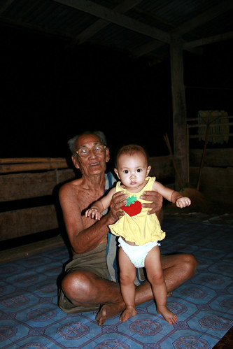 Khun Da and Great Grand Daughter Ja
