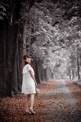 IMG_1137 (Joseph Lu.) Tags: portrait beauty forest canon model pretty alice kaohsiung 高雄縣 eos450d 六龜鄉 eosdigitalrebelxsi 新威森林公園