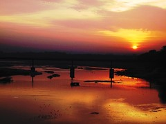 IMG_1349 (jkairvar) Tags: bridge sun india silhouette clouds river gujarat surise sabarmati