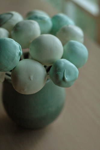 Blue & white cake pops