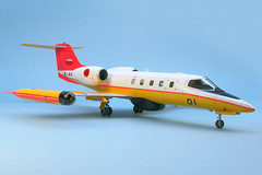 U-36A Learjet (migrant_60) Tags: model aircraft airplanes hasegawa scalemodel learjet 148 jmsdf u36a