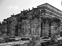 ruin (nosha) Tags: vacation bw holiday beauty stone mexico ruin chichenitza april column jpg f56 pm 2009 chichen itza lightroom blackmagic archeaology nosha yuccatan april2009