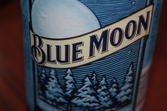 Blue Moon beer (Cody La Bière) Tags: blue usa moon toronto canada beer bottle wheat cerveza ale canadian domestic american northdakota tall import lager bluemoon biere beerbottle molson minot witbier domesticbeer wheatbeer canadianbeer americanbeer