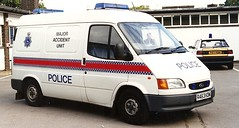 HERTS POLICE FORD TRANSIT 90S (NW54 LONDON) Tags: police astra vauxhall 999 fordtransit policecars emergencyvehicle hertfordshirepolice