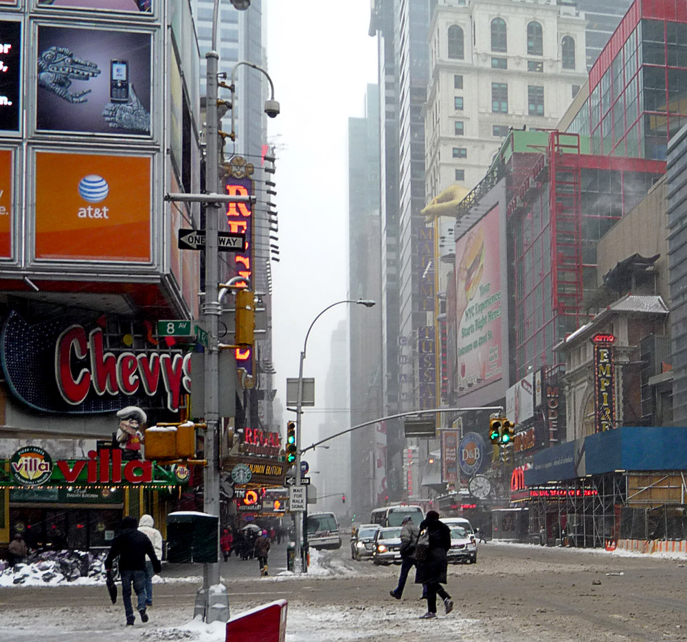 42nd St Snow