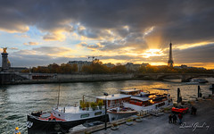 A Fall Sunset over Paris and La Seine | HDR (David Giral | davidgiralphoto.com) Tags: city autumn sunset sky urban paris france tower fall boats europe tour cloudy dusk capitale effeil pniches citsycape frpix sorrymyflickraccounthasaprobelmicannotwirtecommentsnorsendinvites