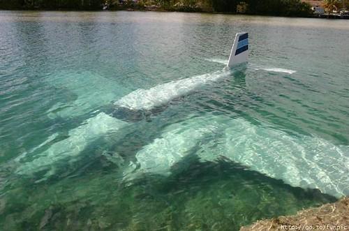 underwater airplane