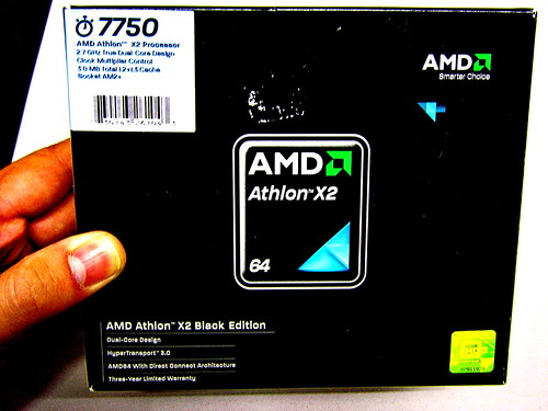 Customer's Gaming Rig 02 - Processor: AMD Athlon X2 7750 Black Edition 2.7 GHz AM2+ BOX