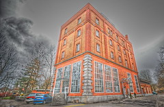 Brauerei Uster (ponte1112) Tags: house schweiz switzerland nikon che zürich gebäude hdr d60 brauerei sigma1020mm uster backsteine tonemapped capturenx nikonsigma qtpfsgui