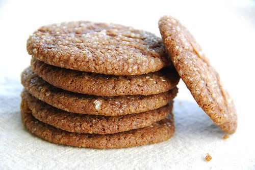 gingersnaps leaning cookie